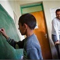 سرباز-معلمان استان ارومیه در نامه ای سرگشاده نسبت به وضعیت نامساعد خویش اعتراض نمودند