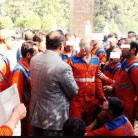 تجمع ۴۰ نفر از کارگران شهرداری منطقه ۲ آبادان